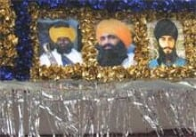 Martyrs portrayed on a parade float