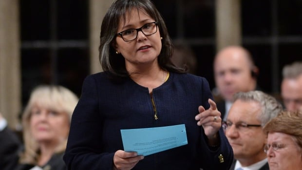 Environment Minister Leona Aglukkaq will meet with her provincial and territorial counterparts in February to discuss species at risk.