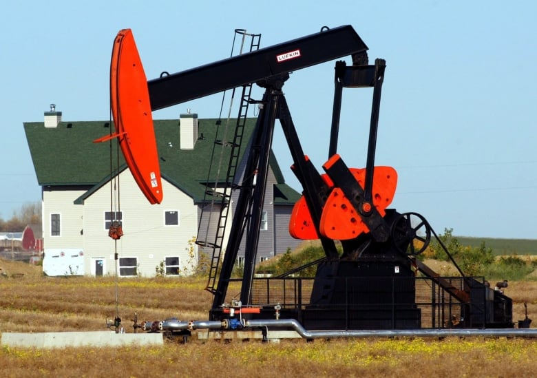 Who's afraid of $50 oil? (Answer: Canada's oil industry)