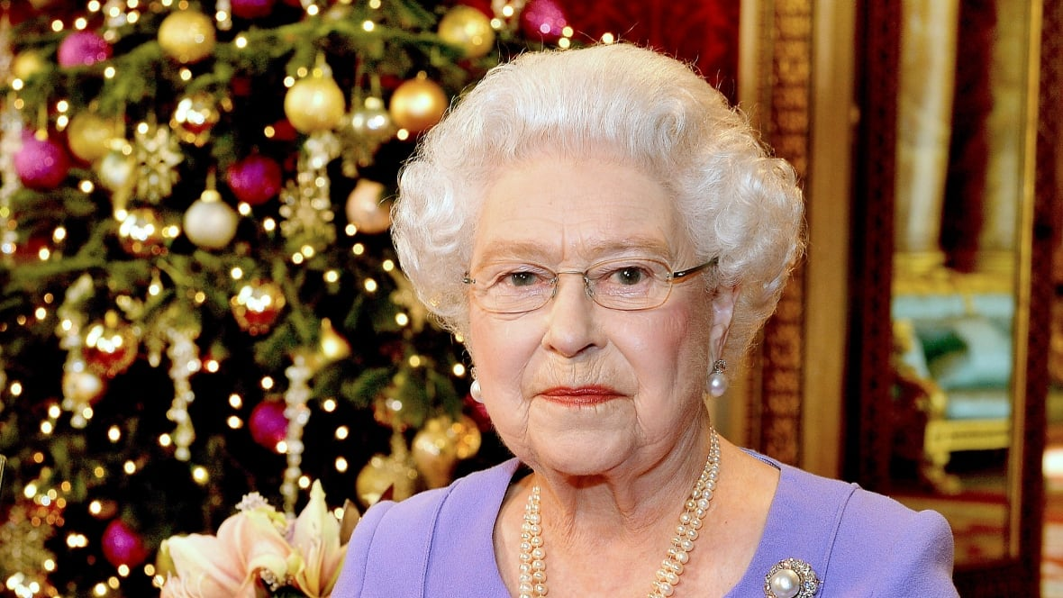 queen elizabeth calls for harmony in christmas message world cbc news. Black Bedroom Furniture Sets. Home Design Ideas