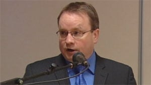 Minister Scott Kent
