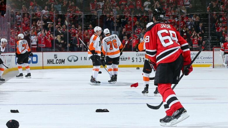 27532af45a3 Jaromir Jagr sets NHL record with hat-trick