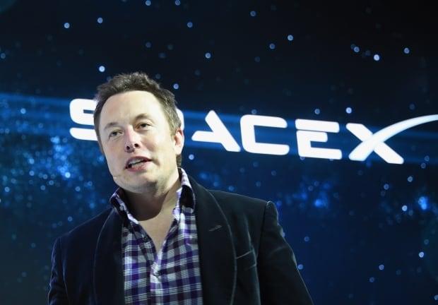 Space X Elon Musk Dragon V2 Hkg9872037 May 2014