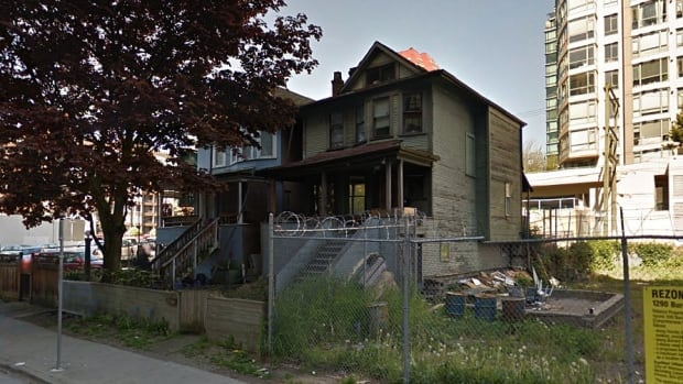 These two old homes in downtown Vancouver were offered for free by the developer to anyone who could move them away.