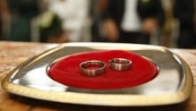 Wedding rings FEATURE