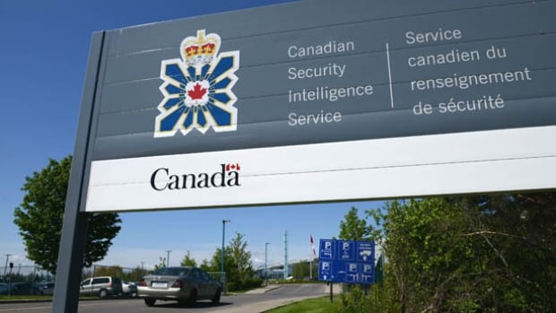 A lawsuit against the Canadian Security Intelligence Service alleges the spy agency is a toxic workplace in which employees have experienced discrimination based on race, religion and sexuality.