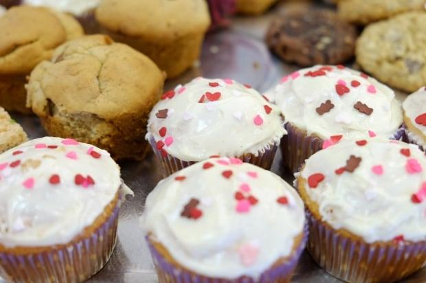 Winnipeg bake sale cup cakes