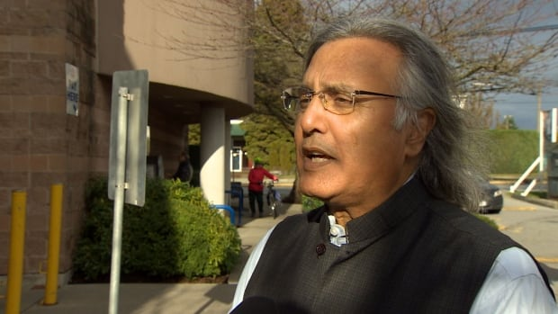 Former B.C. premier Ujjal Dosanjh has been honoured for speaking out against Sikh extremism at a dangerous time.
