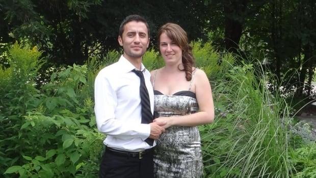 Erhan Binzet and Michelle Baribeau were married in Ottawa in August 2014.