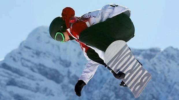 Mark McMorris caps 4-medal weekend for Canadian snowboarders at Dew Tour event