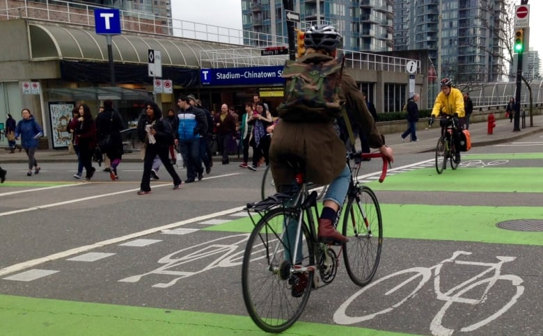 Bike, pedestrian-friendly cities are worth the fight says former NYC transport planner
