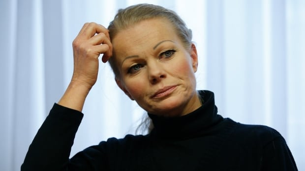 Kathrin Oertel, who took over the anti-immigration group PEGIDA after its leader quit, has also resigned.