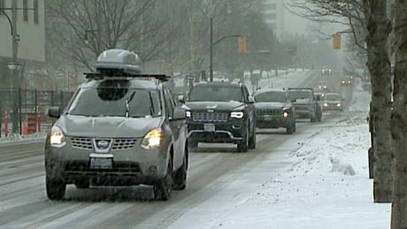 Travel advisory: snow coming to Hamilton will make for 'poor' afternoon commute