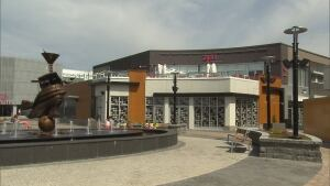 Quartier Dix30 shopping mall