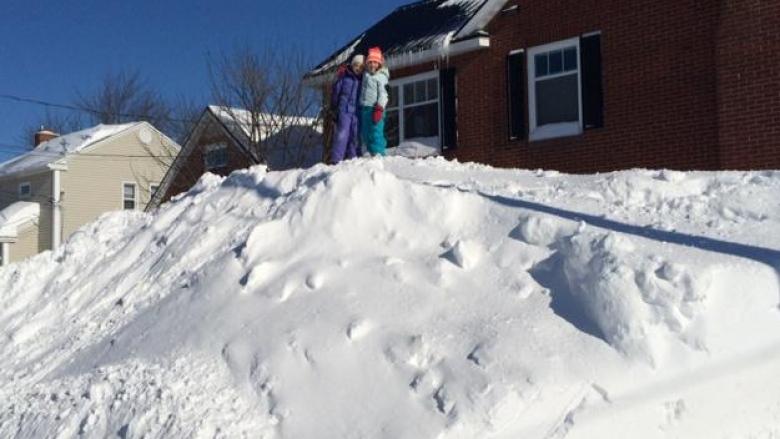 Astounding Snow Days Adding Up For New Brunswick Students Cbc News Download Free Architecture Designs Sospemadebymaigaardcom