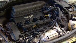 2010 Mini Cooper S belonging to Yasmina Bursac - engine