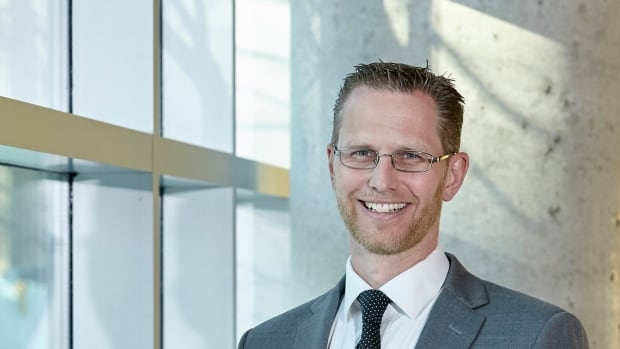Dr. Ryan Van Lieshout hopes that the research will help people born at extremely low birth weights predict, detect and treat the mental health issues to which they are predisposed.