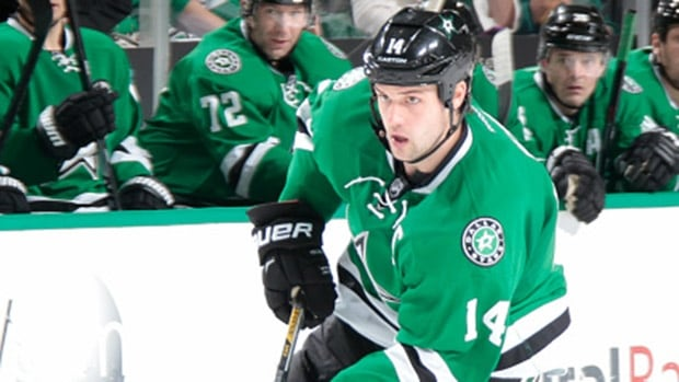 Stars forward Jamie Benn has apologized to Daniel and Henrik Sedin for comments he made about the Canucks' twins.