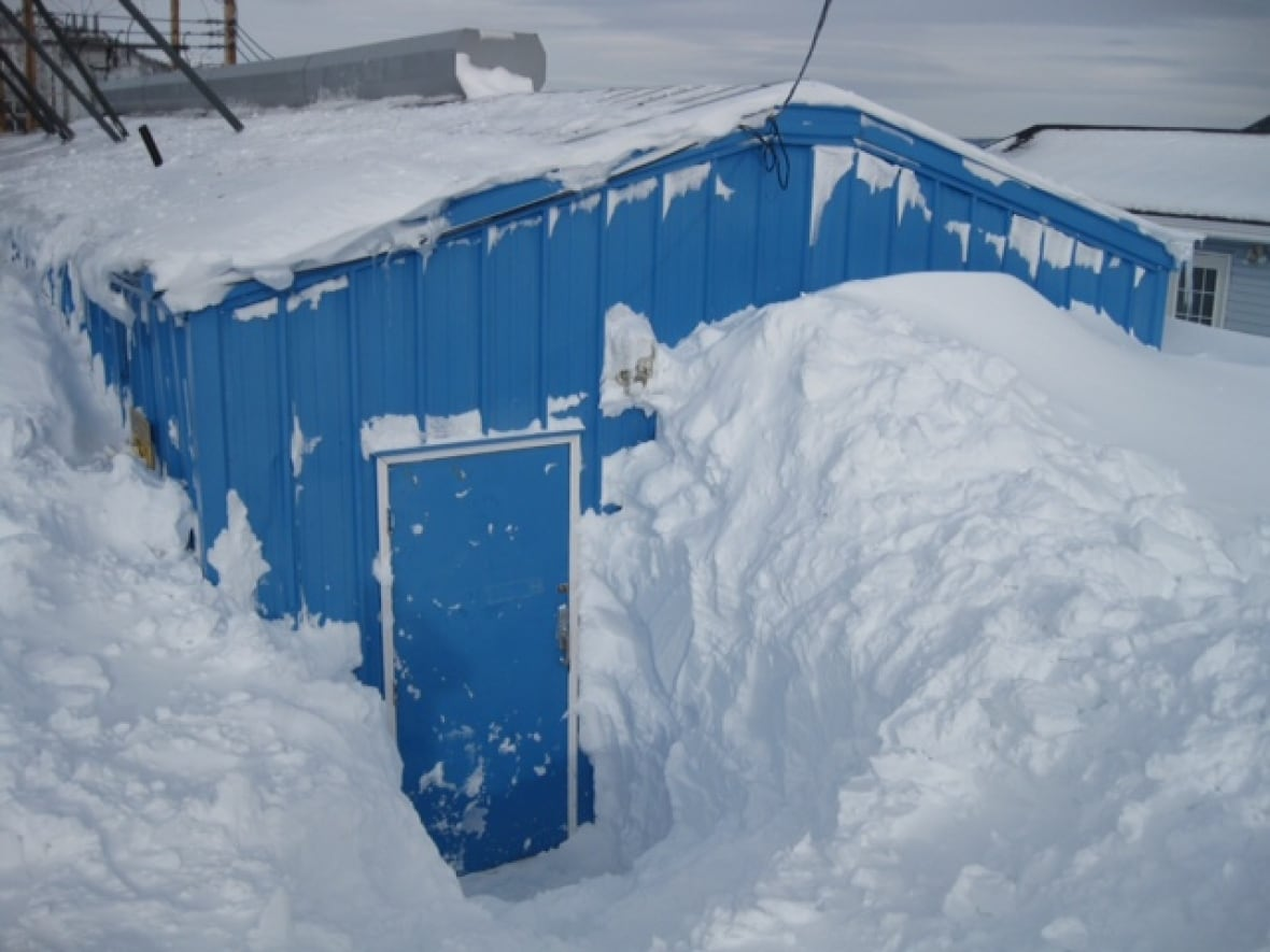 Equipment \'entombed\' in snow caused 24-hour power outage in Rigolet ...