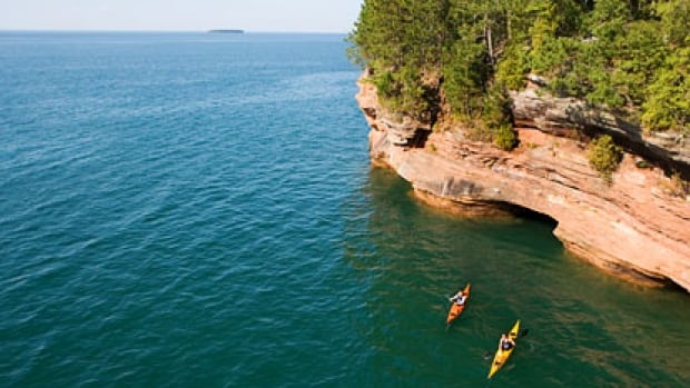 The Lake Superior Binational Forum, a cross-border group, will lose its American funding at the end of March 2015.
