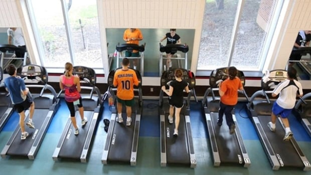 Students at the McGill University Fitness Centre run on treadmills. The Centre does not have women-only hours at the moment.