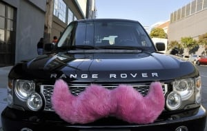 Lyft Range Rover
