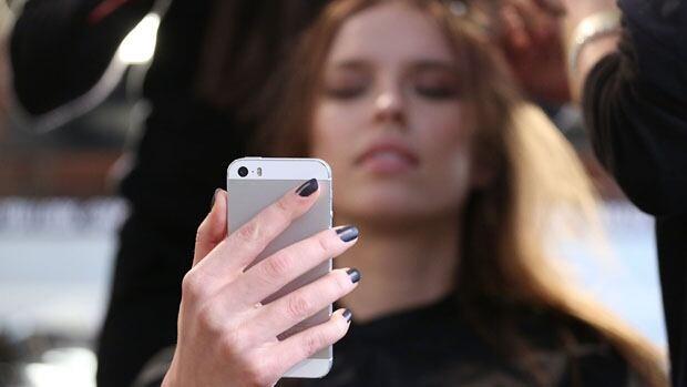 Smartphone lazy thinking
