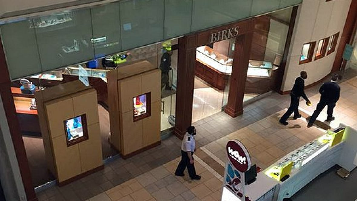 fairview birks jewelry store held up by robbers with On jewelry stores in montreal quebec