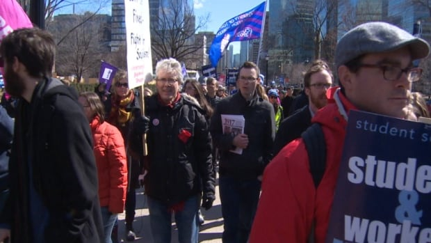 Teaching assistants rally at Queen's Park