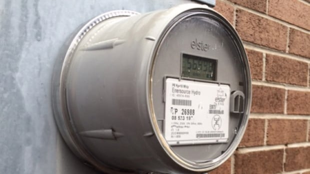 Eight small and easy changes you can make to keep your hydro bill as low as possible.