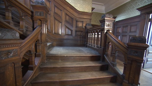 Rennie's Mill Mansion staircase