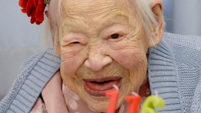 Misao Okawa, world's oldest person, dead at 117 | CBC News