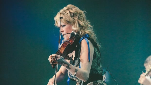 Natalie Macmaster gives an electrifying performance at the 2012 East Coast Music Awards.