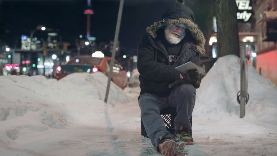 Watch as people living with homelessness read mean tweets about homelessness. Their reactions will remind you the conversation around the issue needs to change. All humans should work together. Raising the Roof #HumansForHumans http://www.humansforhumans.ca