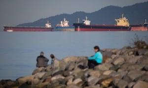 Vancouver fuel spill 20150409 Marathassa April 9 2015