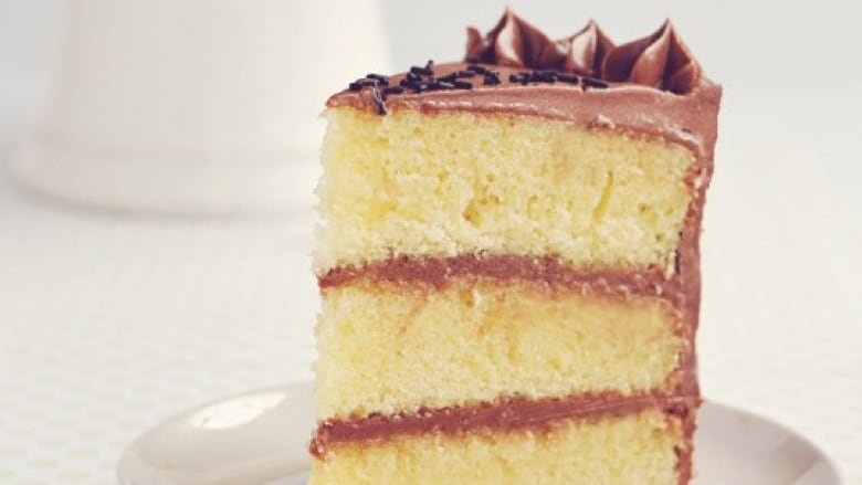 Recipe: Rosie Alyea's Sweetapolita 'best-ever' buttermilk cake