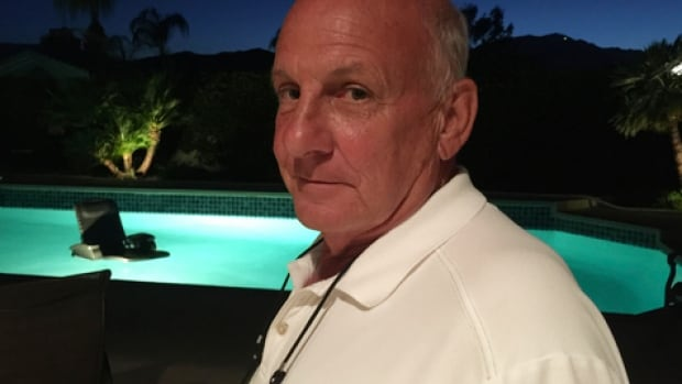 Canadian snowbird Allan Wood is feeling the pinch of the currency exchange rate, and selling his winter home in Palm Springs, Calif.