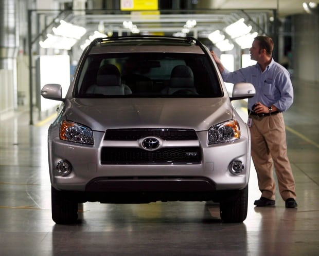 Toyota Moving Corolla Production To Mexico From Ontario Business Cbc News