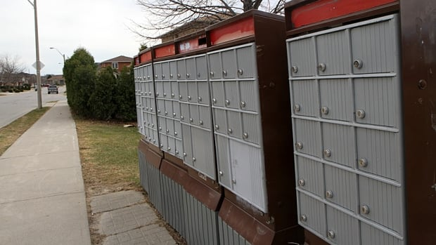 The City of Hamilton and Canada Post will meet in court the week of May 25 as the Crown corporation tries to fight a bylaw aimed at restricting the installation of community mailboxes.