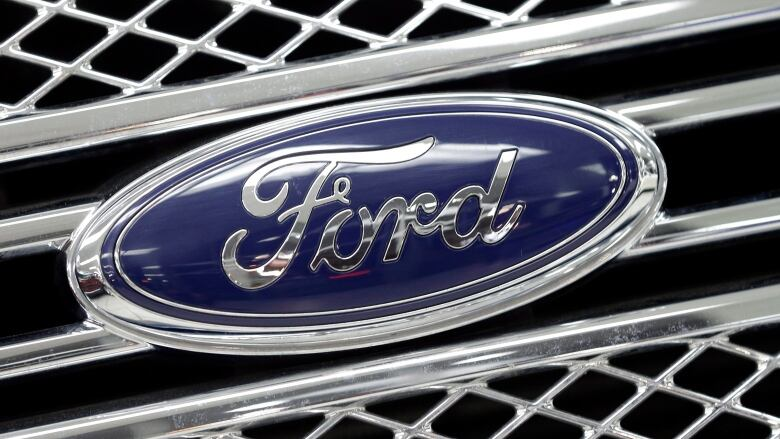 Ford recalls 550K Fusion, Escape vehicles for transmission problems