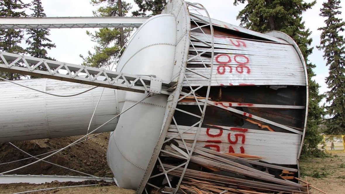 Windsor Water Tower Demolition : Edson s water tower demolished edmonton cbc news