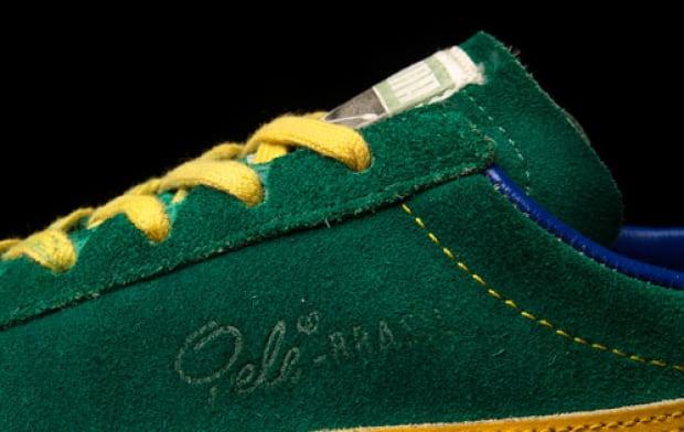 Pele Sneakers