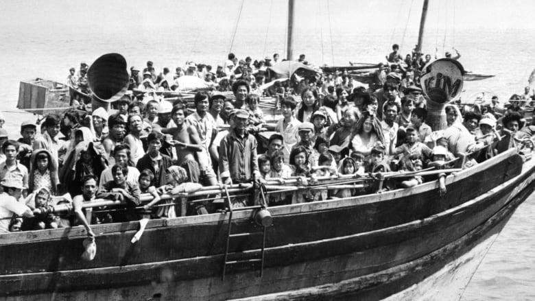 �ล�าร���หารู�ภา�สำหรั� vietnamese boat people
