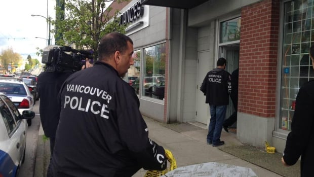 Vancouver police execute search warrants at the Weed Glass and Gifts shop in Kitsilano as the final step in a month-long investigation.