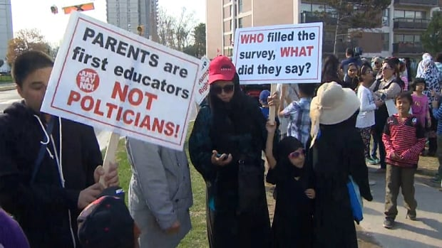 Hundreds of parents protested outside Thorncliffe Park Public School to express their opposition to Ontario's new sex-education curriculum.