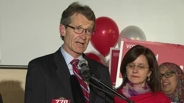 Liberal leader David Swann speaks to supporters in Calgary on Tuesday night.