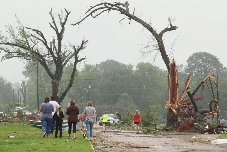 Melissa and Michael Mooneyhan die saving daughter in Arkansas tornado