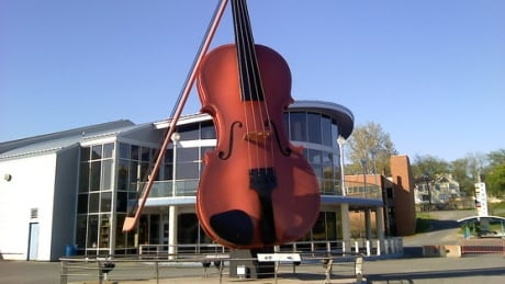 Big Fiddle