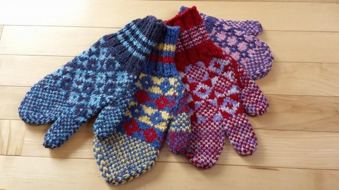 Woolen Socks Knitting Pattern : Knitting pros push traditional Newfoundland patterns - Newfoundland & Lab...