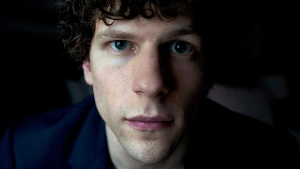 Actor Jesse Eisenberg is being criticized on social media for a humour article he wrote that appears in the latest issue of The New Yorker magazine.